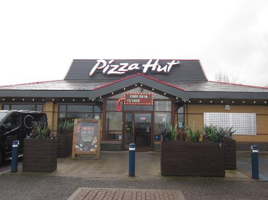 Pizza Hut Basingstoke Brighton Hill Retail Park