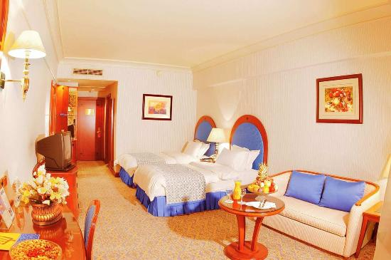 Madinah Hilton: Twin Deluxe Room