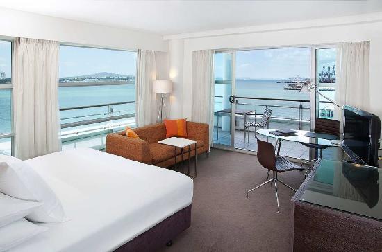 Hilton Auckland: King Hilon Deluxe Harbour view Plus