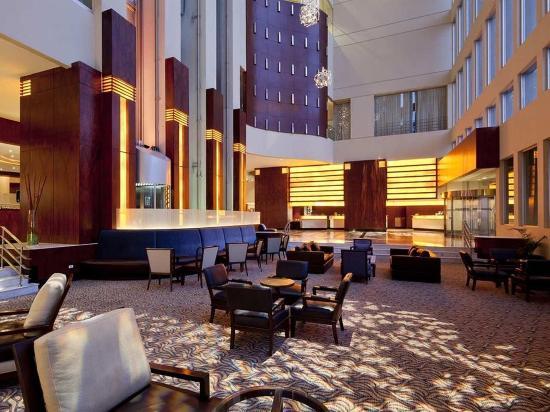 Hilton Colon Guayaquil: Lobby