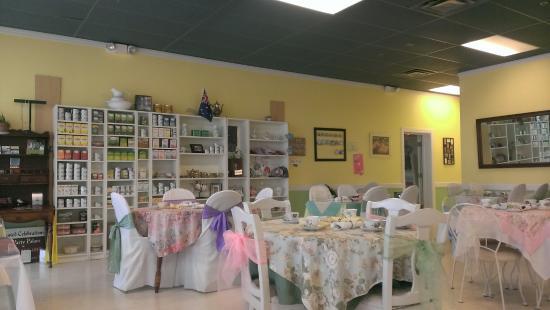 Magnolia Terrace Tea Room: Inside the tea room