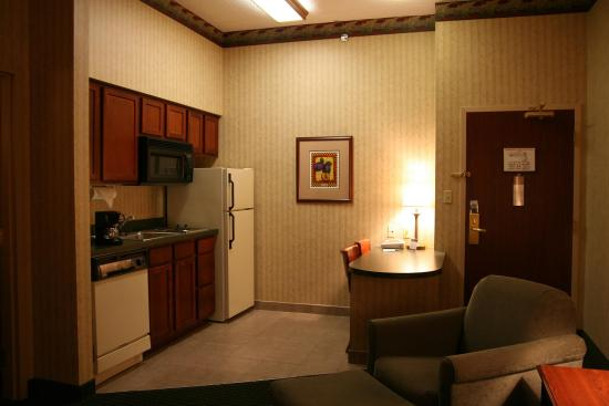 Scottsburg, Индиана: Suite Kitchen