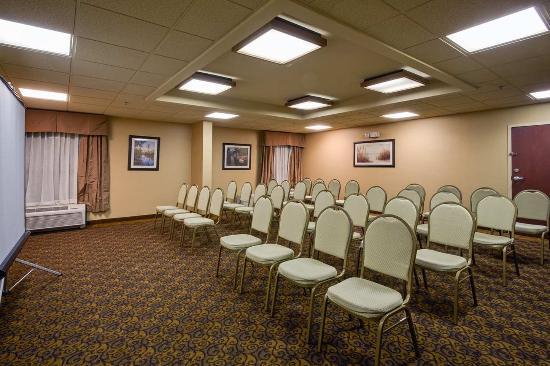 Hampton Inn Perry: Meeting Space