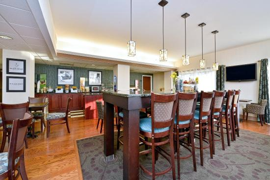 Hampton Inn Saco / Biddeford: Breakfast Area