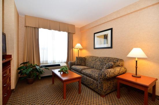 Surrey, Kanada: One Bedroom King Suite