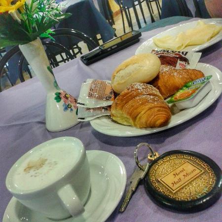Half Moon Hotel : Завтрак