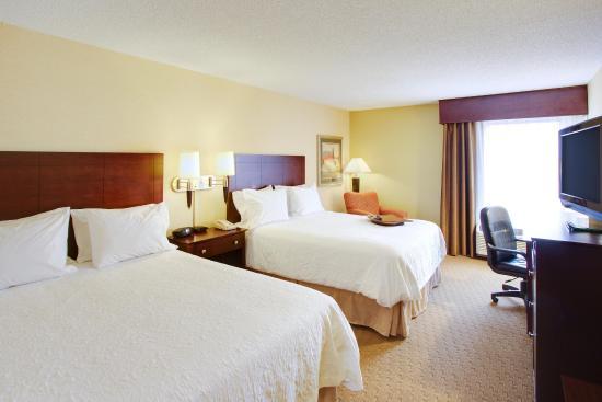 Staunton, VA: Queen Bed