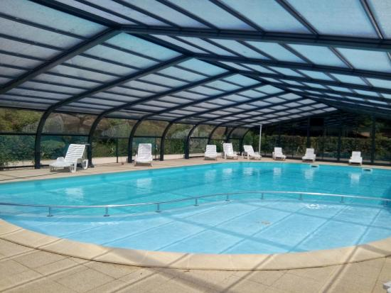 Camping la vallee de poupet updated 2017 campground for Camping saint malo avec piscine