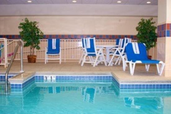Freeport, IL: Pool