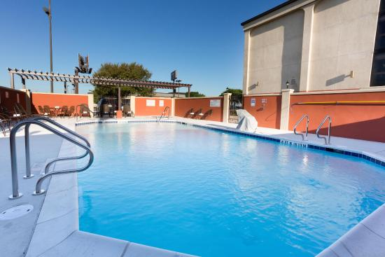 Drury Inn & Suites San Antonio Northeast: Outdoor Pool