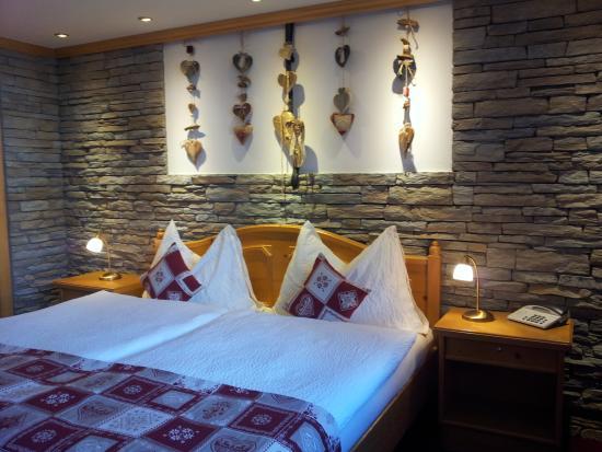 Hotel Dufour Alpin Zermatt: Doppelzimmer Alpin