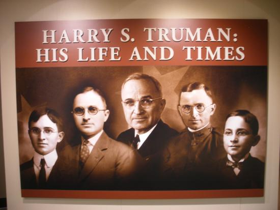 Independence, MO: Different stages of Harry Truman's life