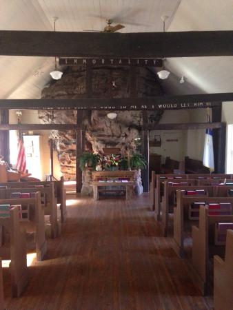 Mentone, AL: Sallie Howard Chapel!