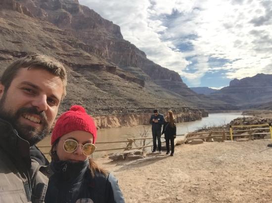 Grand Canyon Reservations: Fundo do Canyon a beira do rio Colorado
