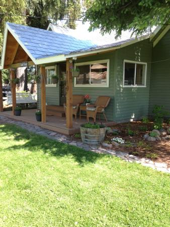 Crater Lake Country Suites : Ranch house
