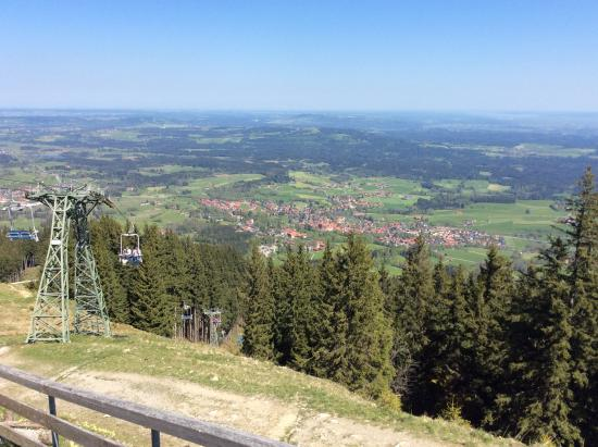 Bad Kohlgrub, Alemania: The View from the Top of the Chairlift.