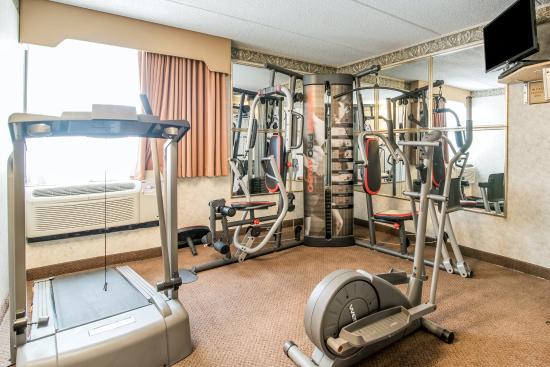 Quality Inn near Destiny USA: Fitness