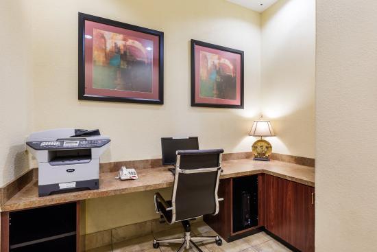 Comfort Suites Webster : Business Center