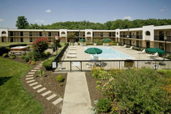 Best Western Aquia/Quantico Inn: Pool