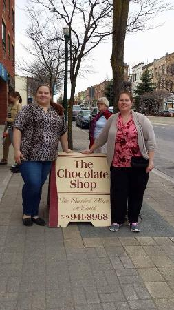 Savour The Flavours: Last stop on the tour: The Chocolate Shop mhmm
