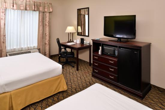 Holiday Inn Express Hotel & Suites Sherman Highway 75: Double Bed Guest Room