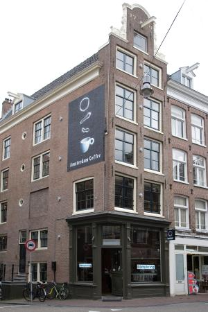 Photo of Marijuana Dispensary Dampkring at Haarlemmerstraat 44, Amsterdam 1013 ES, Netherlands