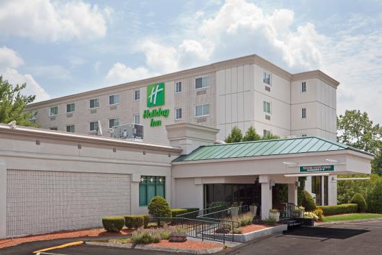 Holiday Inn Salem (I-93 at exit 2): Hotel Exterior