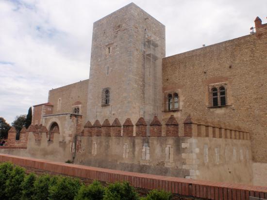 Palais des rois de majorque picture of palais des rois de majorque palace of the kings of - Palais des rois de majorque perpignan ...