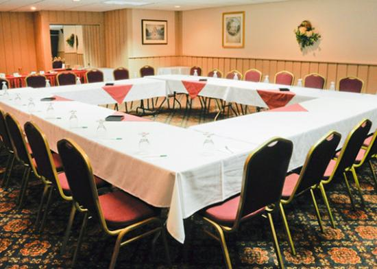 Quality Inn & Suites Palm Island Indoor Waterpark: NYClarion Mtg Board Room
