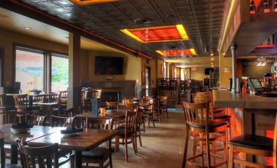 Afton, MN: CURRENT Restaurant & Bar