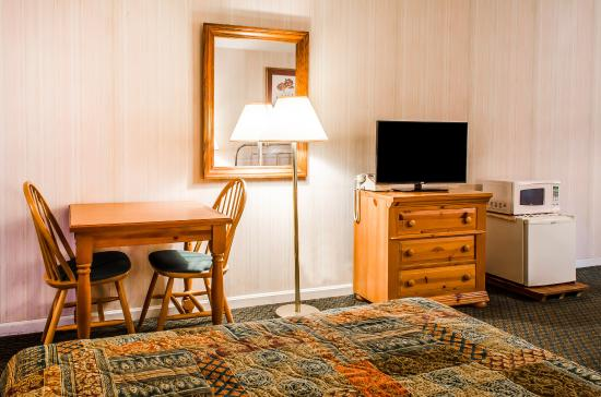 Akron, PA: Guest Room