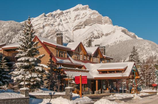 Banff Ptarmigan Inn: Exterior
