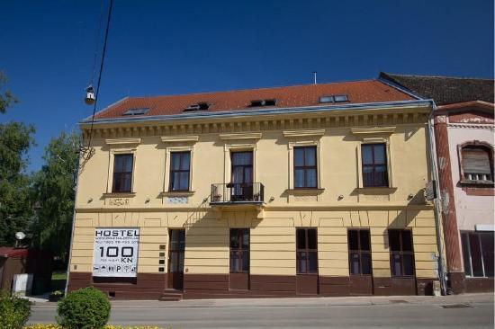 Old Town Hostel Cinema