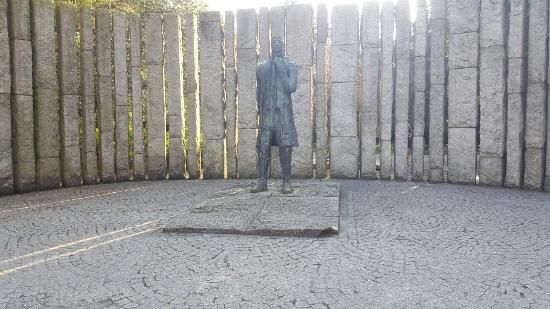 Theobald Wolfe Tone Statue