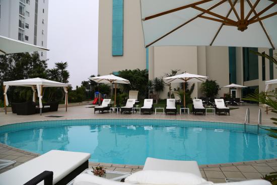 Delfines Hotel & Casino: Piscina