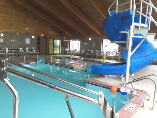 AmericInn Lodge & Suites Fargo West Acres: Splash Bay Adventure Pool