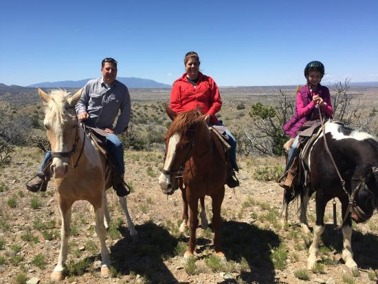Cerrillos, Nuevo Mexico: Enjoying the back country of norhtern New Mexico with Broken Saddle Stables