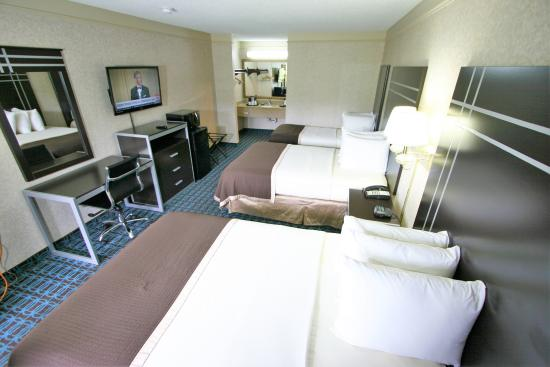 Deluxe Inn 60 69 Prices Hotel Reviews Fayetteville Nc