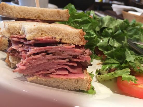 Excellent sandwich and salad at le Comptoir.