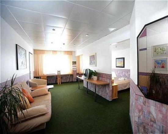 Susi Hotel: Room