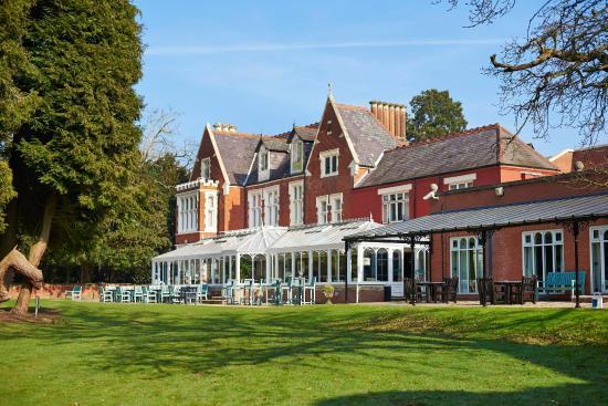 Photo of Hilton St Anne's Manor, Bracknell Wokingham