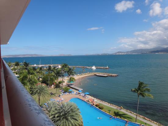 Punta Palma Hotel & Marina: Vista desde el Balcon de la Habitacion hacia el Mar