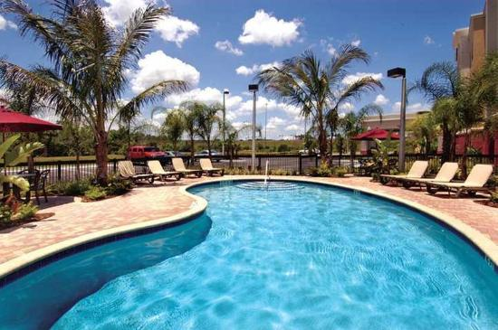 Hampton Inn & Suites Tampa-Wesley Chapel