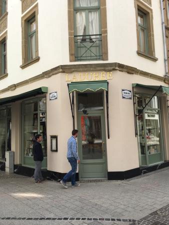 Laduree luxembourg luxemburg omd men om restauranger tripadvisor - Restaurant rue des bains luxembourg ...