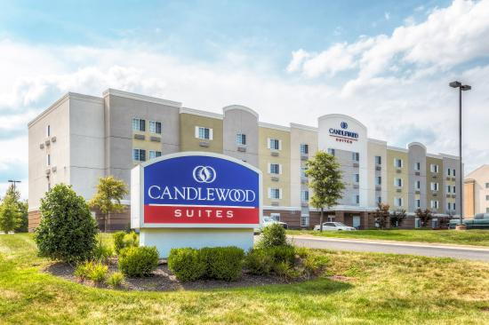 Candlewood Suites Paducah: Hotel Exterior