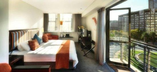 Fountains Hotel: Guest Room