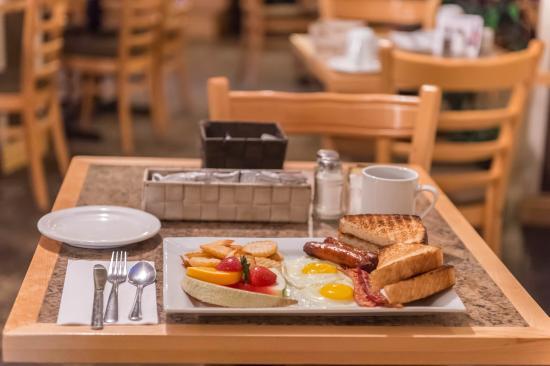 Mont Laurier, Canada: Breakfast