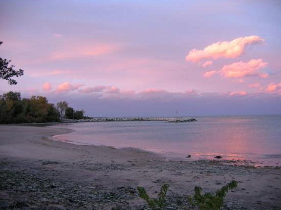 Kelleys Island, OH: Sunset from the campground