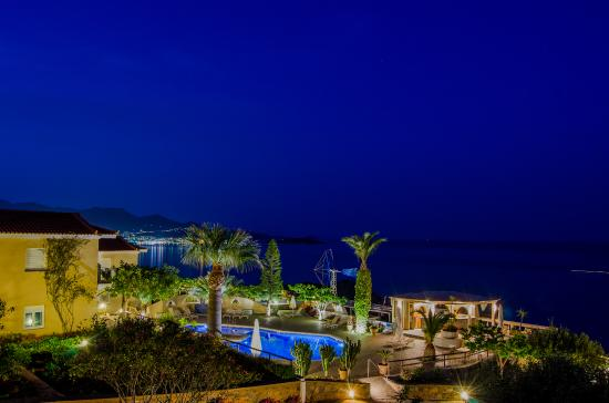 Panorama Villas by night