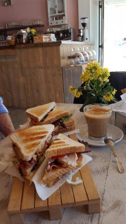 Formentera Bakery - Italian Bakery: 20160512_151053_large.jpg